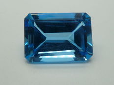 London Blue Topaz of 18.10 ct
