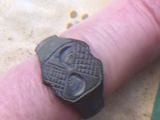 Roman beautifully Engraved Bronze Ring - 19 mm (inside measurement)