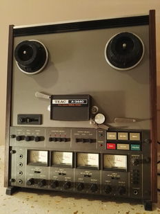 TEAC A-3440 reel to reel recorder - 4 channels tracks