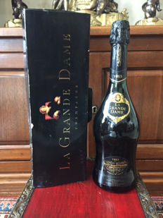 1983 Veuve Clicquot Ponsardin La Grande Dame Brut, Champagne - 1 bottle in original box