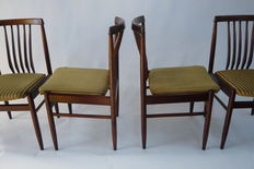 Designer unknown - 4 mid-century modern seats