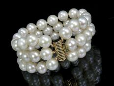 Pearl bracelet 3-rowed, made of cultivated pearls, diameter 10.2 - 11.3 mm - clasp made of 14kt yellow gold