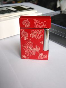 "S.T DUPONT lighter line 8 ""Golden fish"" - Limited-Edition - lacquer and Chrome"
