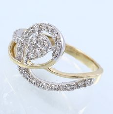 IGI Certified Yellow Gold 0.53 ct designer diamond ring - no reserve price