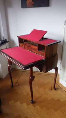 Mahonie schrijfbureau, side table, speeltafel - Nederland - circa 1770