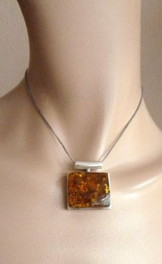 Sterling Art Deco 925 silver pendant with natural amber, 1960's
