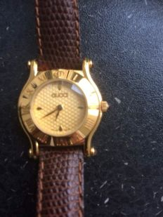 Gucci 6500L- watch - with serialnumber and Gucci band