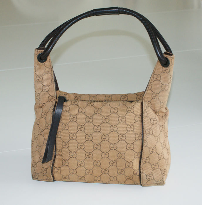 f8ebb3866d86 Gucci – Monogram Hobo shoulder bag - Catawiki