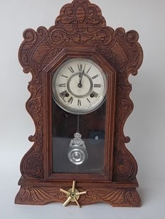 Gingerbread style Mantle clock, realised by Ansonia - early 20th century
