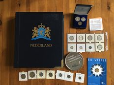 The Netherlands and Netherlands Antilles - Collection of various coins from 1937 incl. 16 year packs