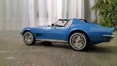 Franklin Mint - Scale 1/24 - Lot of 3 Models: Chevrolet Corvette 1968, Chevrolet Corvette 1986 & Volkswagen Beetle 1967