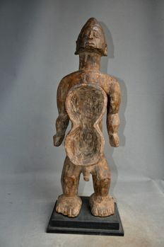Large tribal figure - MUMUYE - Nigeria