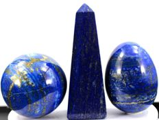 Royal Blue Lapis Lazuli sculptures - obelisk, sphere and egg - 112, 58 and 65mm - 825gm  (3)
