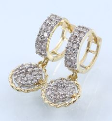 IGI Certified Yellow Gold 1.36 ct diamond hoop earrings made of hallmarked 14 kt Yellow gold