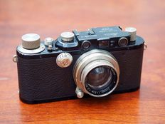 Leica III + 50mm Summar, black and nickel