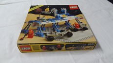 Classic Space - 6930 - Space Supply Station