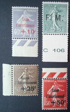 France 1901-31 – Selection of 4 stamps including 3 signed by Calves – Yvert n° 249, 267, 277 and FM3