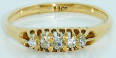 Ring 18K Yellow Gold Old Mine Cut Diamond's, 5 Diamonds 0.40 CT VVS2F. No Reserve price