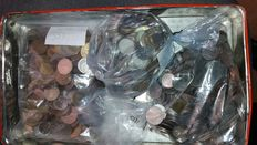 The World and Italy - lot of 1270 coins