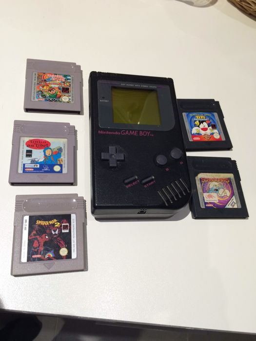 Game Boy Classic black with 5 games