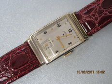 Lord Elgin watch model Tank from 1942, 14 kt yellow gold