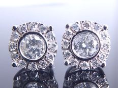 White gold ear studs set with diamonds of 0.58 ct in total *** no reserve ***