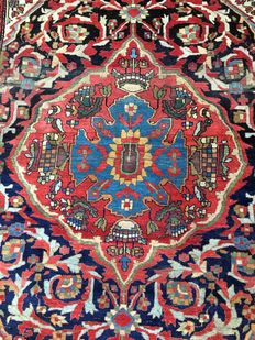 Beautiful Persian palace rug: Antique Sarough Feraghan 195 x 133 cm, circa 1900!