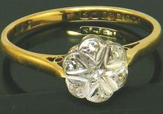 18 K Solid Yellow Gold Daisy Cluster Ring ,- 7  Old Cute Diamonds 0.25CT VS1H