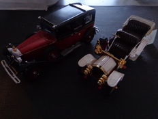 Franklin Mint - Scale 1/24 - Mercedes-Benz  770K Grosser 1935 - Red & Mercedes-Simplex 1904