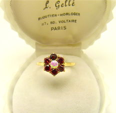 Natural Opal & Catalan Garnet vintage ring designed by K.J.  - NO RESERVE