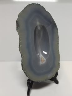 High-polish blue Agate slice, with stand - 28,5 x 17 x 3cm - 3300gm