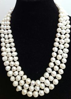 XL necklace with big freshwater cultured baroque pearls
