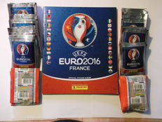 Panini - Euro 2016 France - Batch of 200 new packs + 1 empty album.