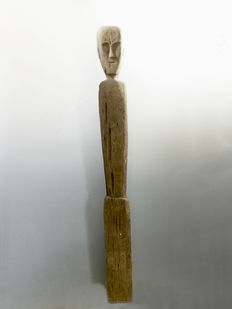 Hampatong figure - Ot Donum Clan - Kalimantan - Indonesia