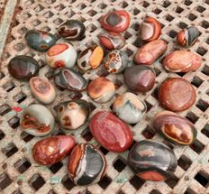 Collection of polished Polychrome Jasper - 52 to 73 mm - 3,12 kg (25)