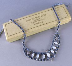 Vintage 1950s  - Rare Art Deco revival - Silver tone / Rhodium plated Evening Necklace - Pristine