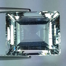Aquamarine - 11.86 ct