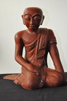 Praying figure of Buddha, lacquered and gilded wood - Burma - mid 20th century