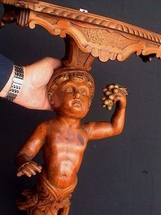 Exceptionally large size Putto sculpture/console carved from Walnut - France - 19th century