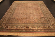 Distinguished hand-woven oriental carpet, Indo Bidjar Herati 250 x 310 cm, made in India at the end of the 20th century