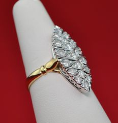 Marquise-shaped Diamond & Gold Ring