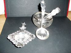 Silver sugar tong - tea strainer - sugar scoop - Elizabethan glass dish - 20th century