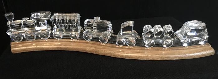 Swarovski - train large 6 PCs - wooden tracks