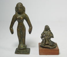2 Indian figures - bronze 18th / 19th century