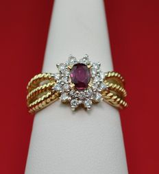 Ruby & Diamond set on Yellow Gold RIng