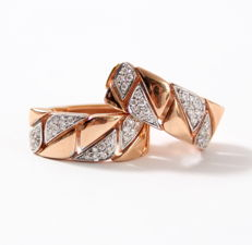 Earrings made of rose gold set with brilliant cut diamonds 0.25 ct.