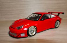 Minichamps - Scale 1/18 - Porsche 911 GT3 RSR - Red