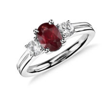 White gold ring with ruby (0.86 ct) and diamonds (F, VS, 0.10 ct) – Size 14