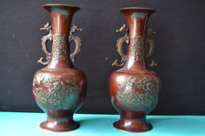 Two vases in bronze - Japan - mid 20th century