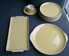 Villeroy & Boch Santos - set in yellow pastel, in fine condition